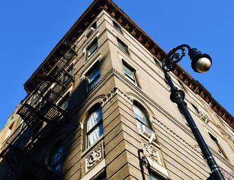 Comprador tem direitos no caso de atraso na entrega de imóveis