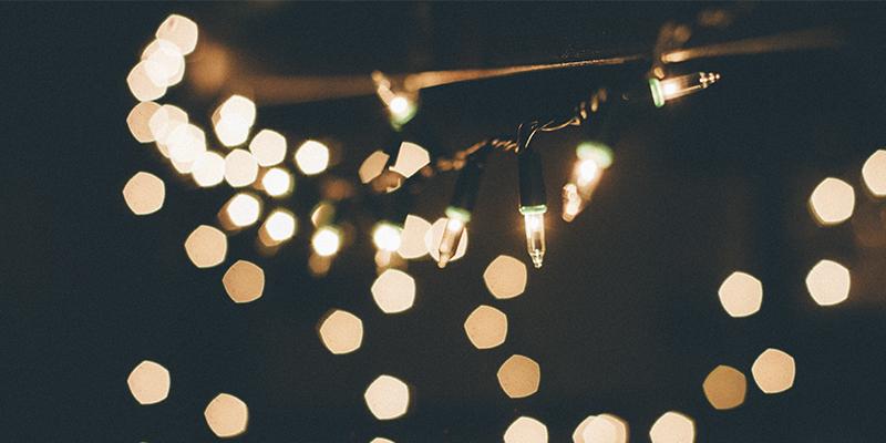 Reutilize as luzinhas de Natal na decoração da casa