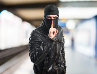 Disfarces mais usados em assaltos a condomínios