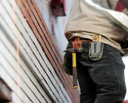 Como realizar reformas com segurança no condomínio?