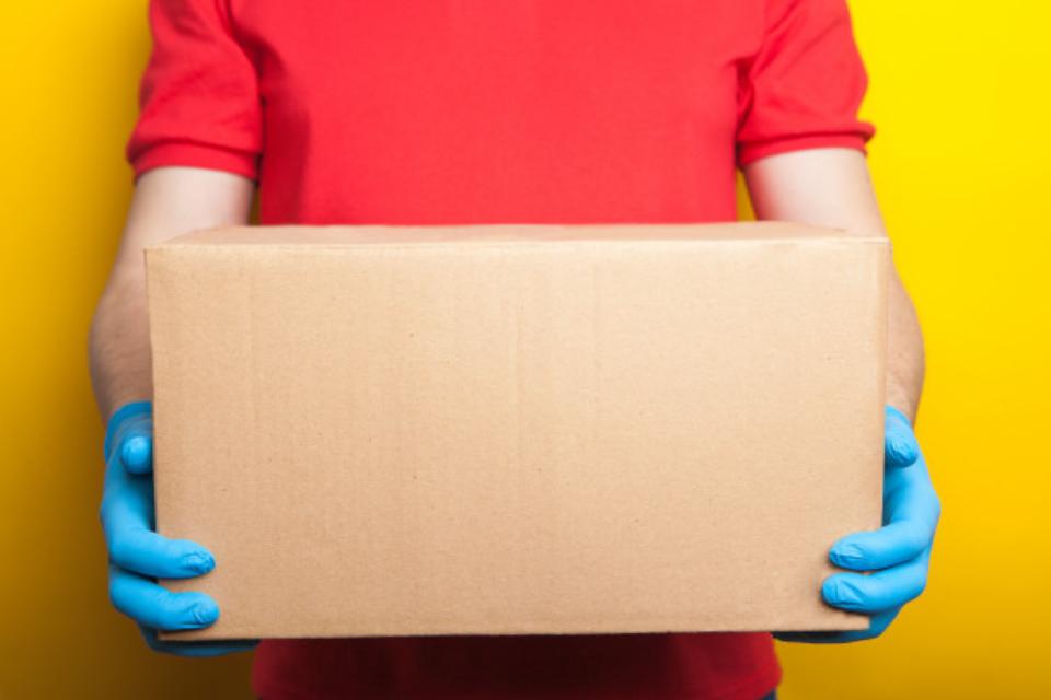 Lei estadual estabelece novas regras para serviços de delivery em condomínios